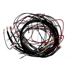 Der Artikel wird auch als Kabelsatz bezeichnet Simson SR50, SR80